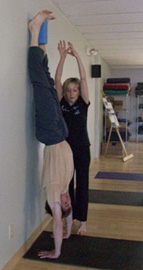 handstand (adho muhka vrksasana) yoga teacher training